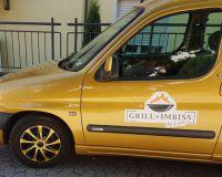 Magnete für das Auto im Logo-Design